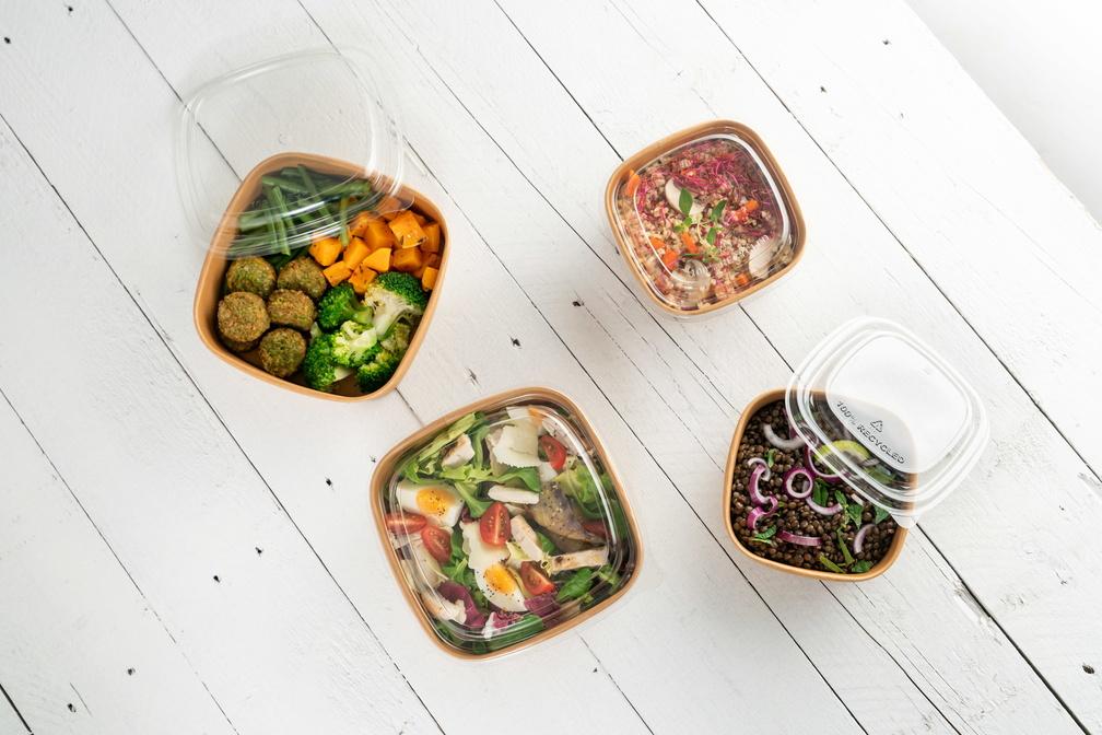 Vierkante saladebak kraft Sabert collectie schuin